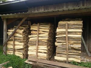 trocken gelagertes Holz